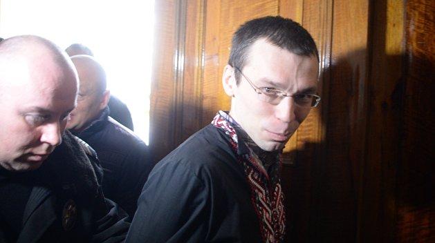Нападение неонацистов на суд в Житомире сорвало выступление Муравицкого в Европарламенте - адвокат