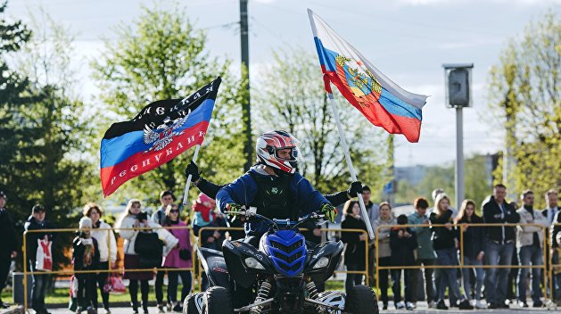 Меньше половины россиян высказались в поддержку ДНР и ЛНР