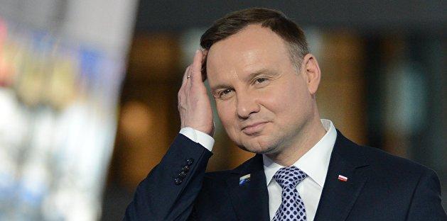 Президент Польши вылечился от COVID-19 и вернулся к работе