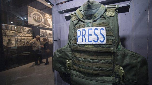 Полиция открыла дело после избиения журналистов на Украине