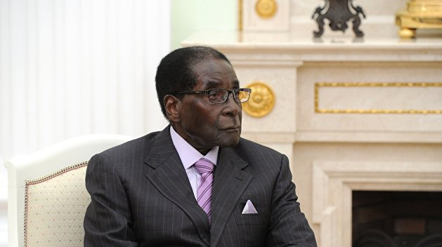 Мугабе: Мы отвергаем попытки навязать нам новые правила. Мы не геи