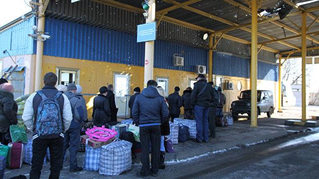 Минсоцполитики Украины назвал количество переселенцев с Донбасса и Крыма