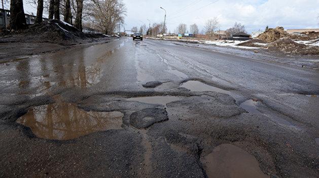 Дорожный распил: Кабмин выделил 300 млрд гривен на ремонт дорог