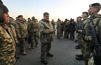 Порошенко: Даже во время войны министр обороны будет гражданским