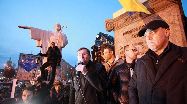 Линия защиты: в госперевороте на Украине виноваты американские дипломаты и Луценко