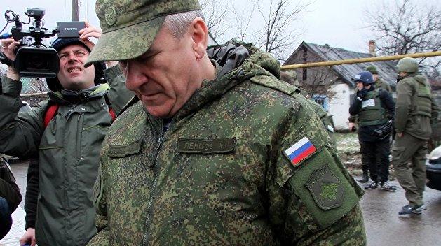 Киев забирает своих наблюдателей из ДНР и ЛНР