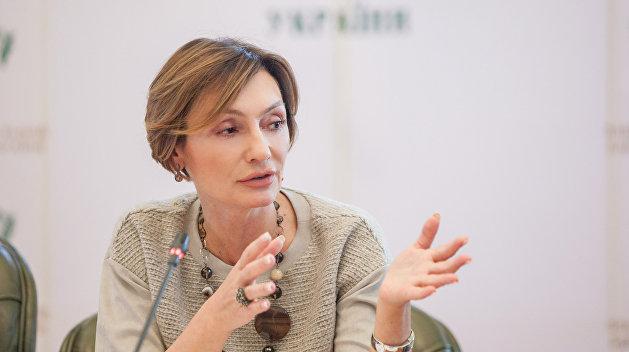 МВФ пытается не допустить увольнения Рожковой из НБУ - СМИ