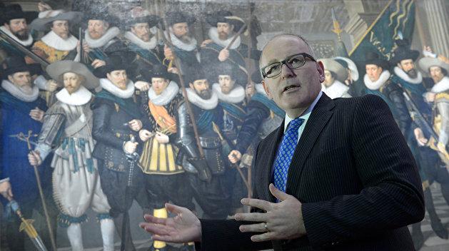 С тяжелым сердцем: Еврокомиссия запустила процедуру санкций против Польши