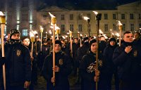 «Спасибо ЕС и США — нацисты снова на Украине»: Соцсети отреагировали на «Национальные дружины»