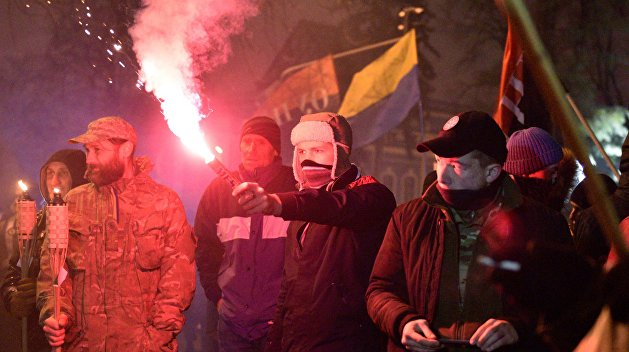 Ультраправые экстремисты напали на журналиста в Одесском суде