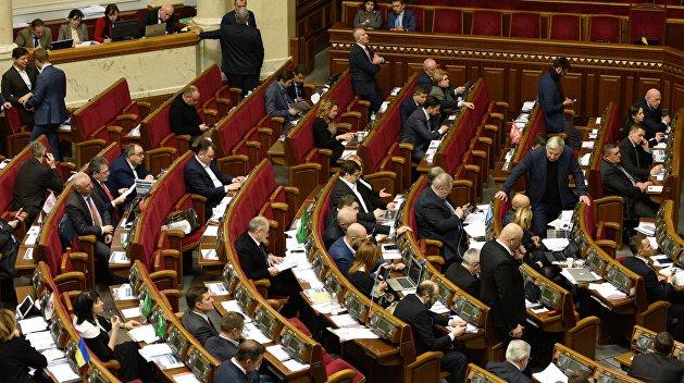 В Раде заверили, что принятый закон о реинтеграции не означает начало торговли с Донбассом