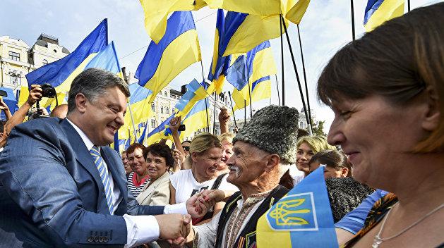 «Вести»: «Спасите моего отца». Почему Порошенко не помогает украинцам