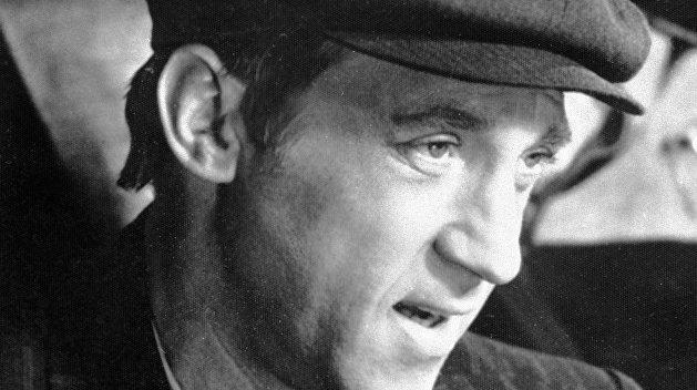 Вятрович нашел опасно симпатичными Высоцкого, Пугачеву и 8 марта