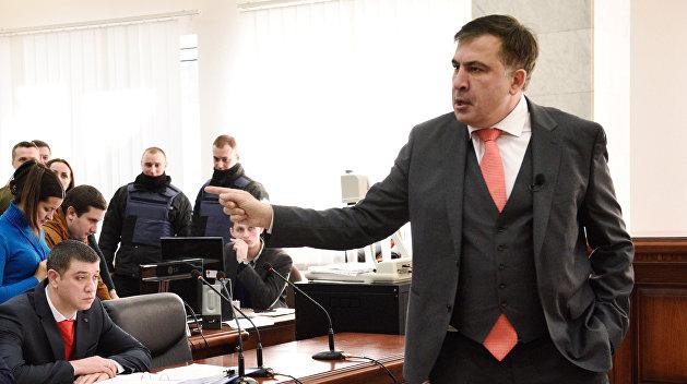 Саакашвили решил восстановить украинское гражданство