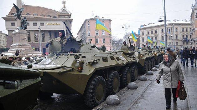 Политолог Спиридонов рассказал о правовых последствиях введения военного положения