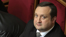 Арбузов: Украинские чиновники сами себе ставят задачи, сами себя оценивают и премируют