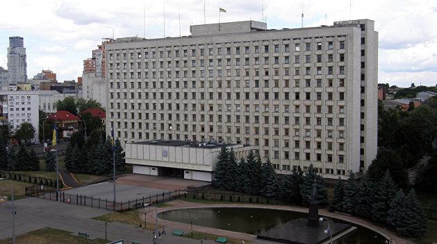 Если честно: украинский депутат задекларировал сотни квартир