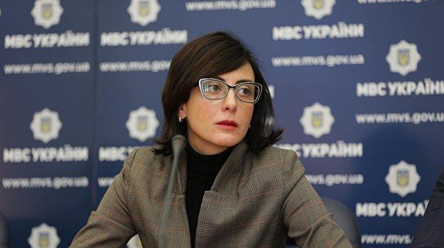 Деканоидзе рассказала детям о своей карьере после ухода с должности главы Нацполиции