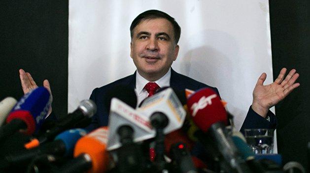 Велосипед, Rolex и проблемы с деньгами: как Саакашвили живёт в Амстердаме