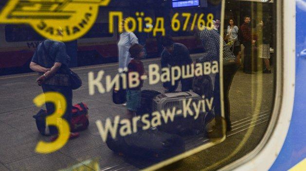 Количество нападений на украинцев в Польше выросло в шесть раз — Денисова
