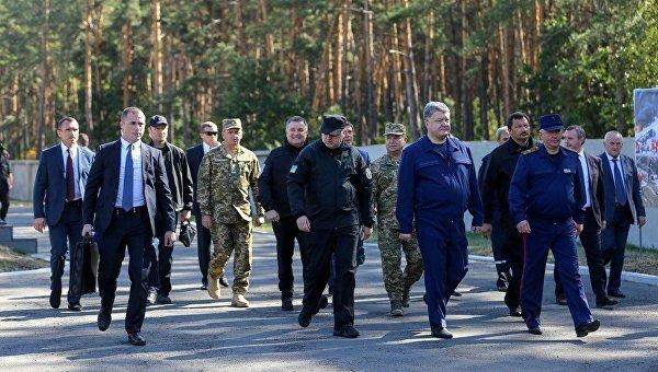 Порошенко приступил к политике «двойного назначения»