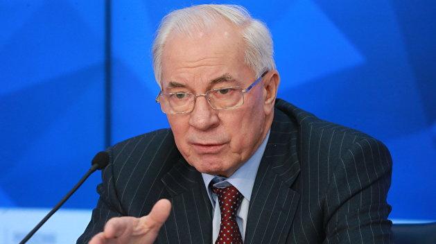 Азаров: Украина не может существовать без поставок энергоресурсов из России