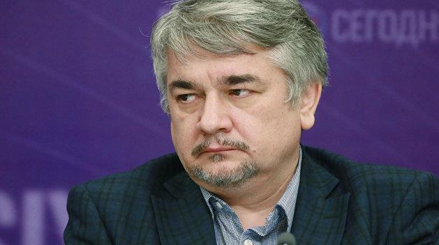 Ищенко объяснил, почему цену на газ повысили до выборов