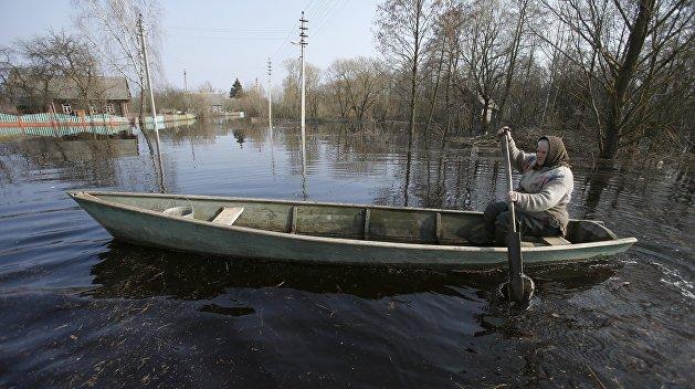 На Украину идет большая вода