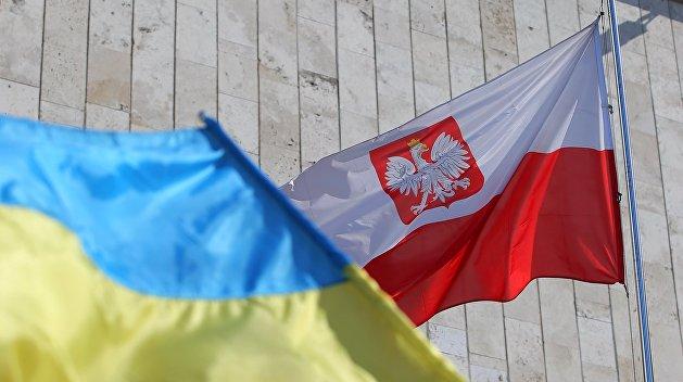 Каждый третий из участвовавших в польских выборах украинцев получил мандат