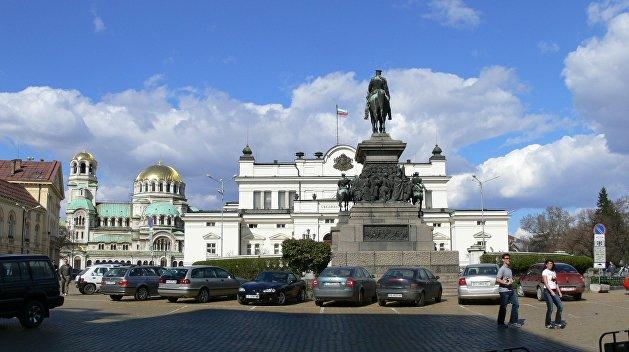 Болгария отозвала своего посла из России