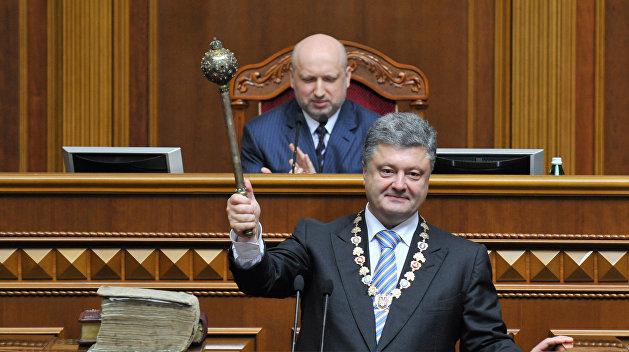 Журналист: Порошенко полезно было бы знать, как его брат-олигарх оценивает ситуацию на Украине