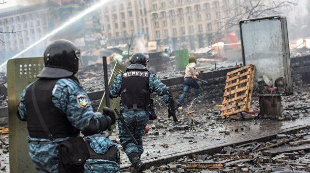 Захарченко объяснил, почему силовики и государство не смогли задушить Майдан в зародыше