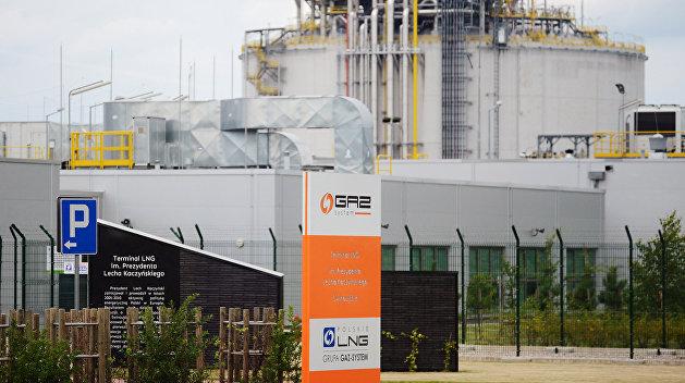 «Мы помогаем всем стать независимыми от российского газа» - Перри о поставках СПГ из США