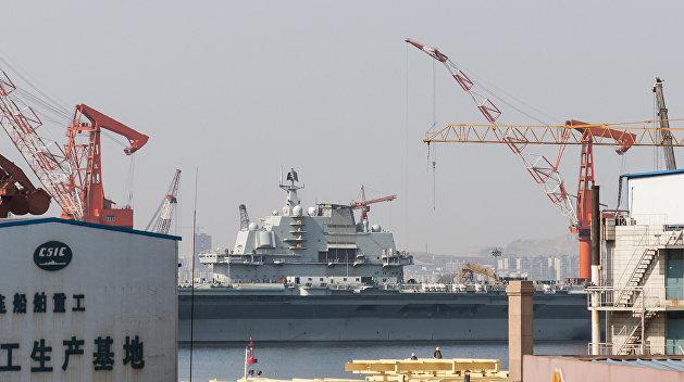 РИА Новости: Китай купил авианосец у Украины и получил «парк аттракционов»