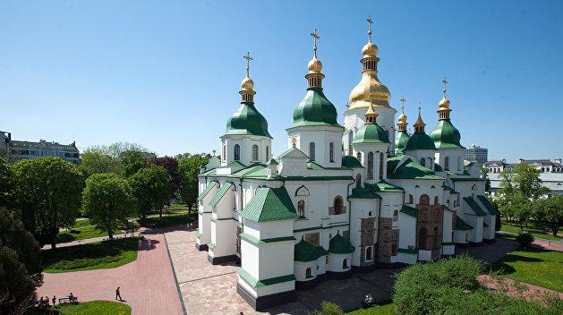 «София Киевская» ждет реакции Порошенко