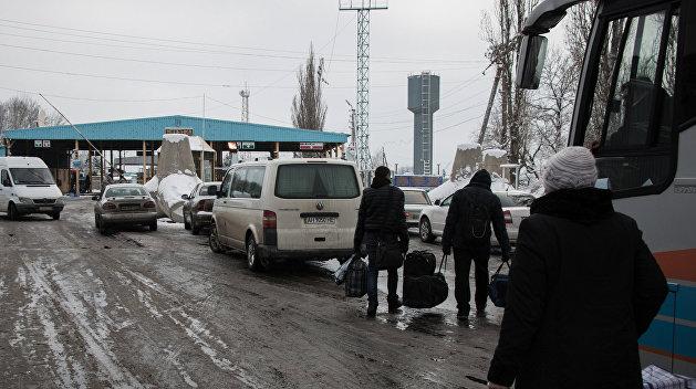 На Пасху могут открыть границу Луганской области с Россией