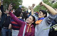 Армен Гаспарян: Протесты в Армении и Украине и похожи, и разнятся