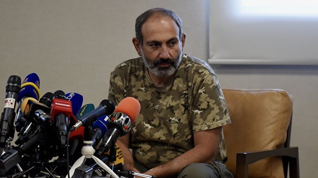 Пашинян гонит правительство Армении в отставку