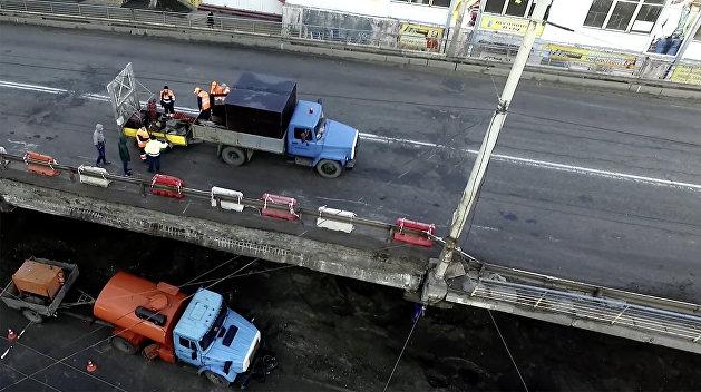 Киевским властям выгоднее демонтировать Шулявский мост и построить новую развязку — эксперт