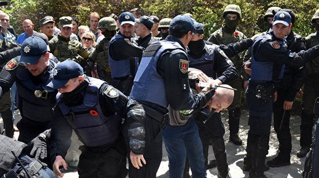 Бывший глава МВД Украины рассказал о провокациях, которые СБУ готовит на 9 Мая