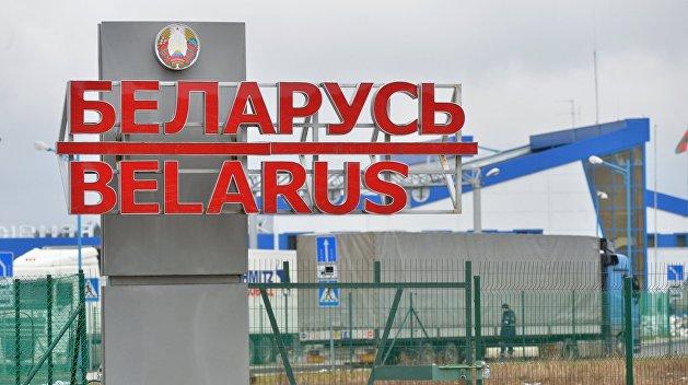 Из Белоруссии депортируют задержанных украинцев