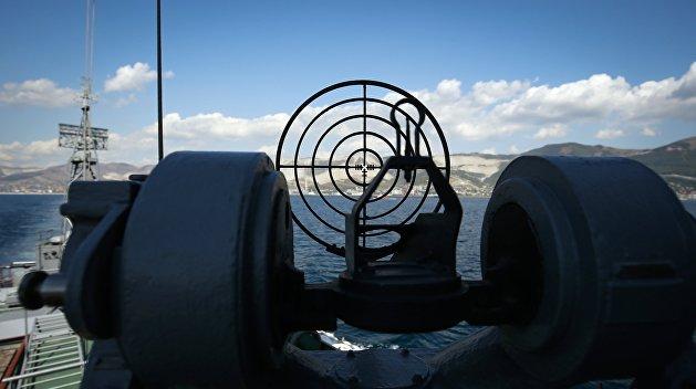 Вооруженное противостояние в Азовском море: Россия обстреляла украинские корабли