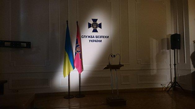 Военная тайна: СБУ не рассказывает, у кого из украинских чиновников есть родственники в России