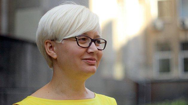 Ницой отругала Зеленского за музыкальные предпочтения и невнимательность к верующим