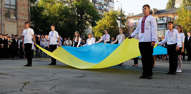 Украинским абитуриентам дадут по 100 тыс. гривен, но не всем