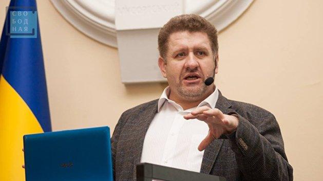 Константин Бондаренко: Трампу сейчас не до украинских проблем