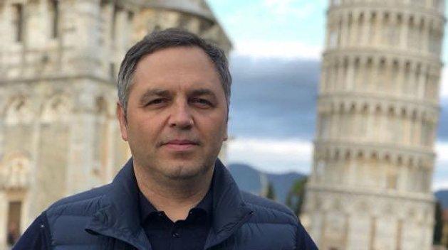 Портнов раскрыл причину отключения главного телеканала украинской власти