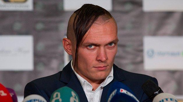 WBO назвала украинца Усика боксером года
