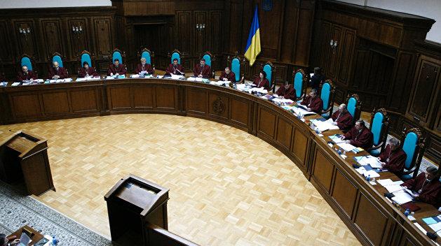 Ценой безвиза и западных кредитов. Депутатам на Украине разрешили незаконно обогащаться