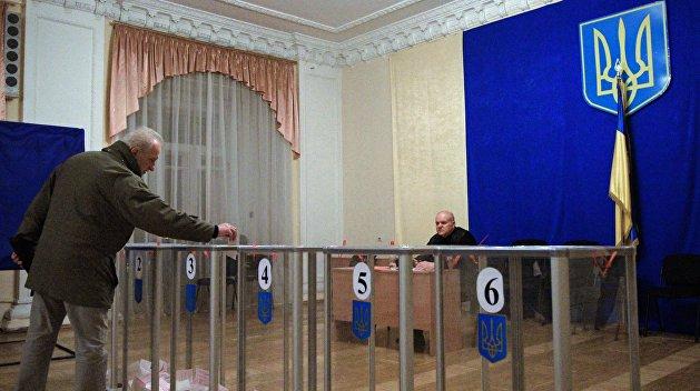 Москва лишила Киев права запретить российским наблюдателям работать на выборах